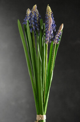 Muscari Blue Flowers Artificial (7 flowers )