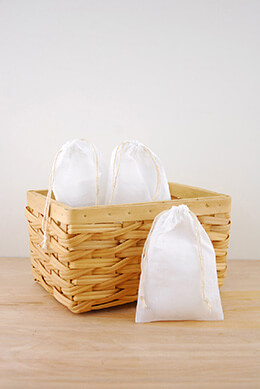 Muslin Favor Bags White 4x6in (Pack of 12)