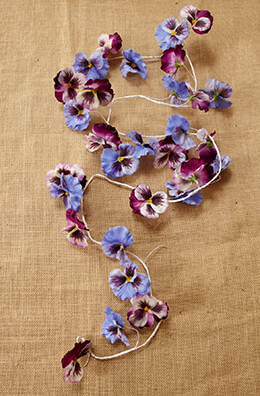 Pansy Garland 5.5ft
