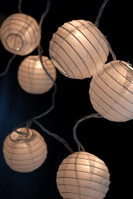 "4"" WHITE Paper Lantern String Light Set  (10 Lanterns) 11'"