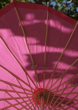 "Parasols 32"" Watermelon Pink (fuchsia) Scalloped"