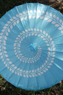 """Parasols Paper & Bamboo 32"""" Aqua Blue Swirl"""
