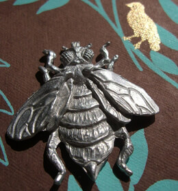 Pewter Bee Fine Pewter 2.5in