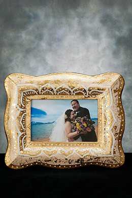 Picture Frame Gold and White 4x6