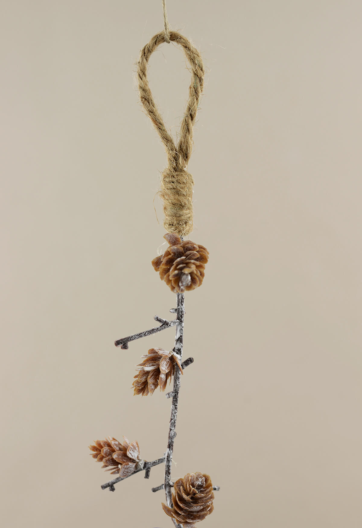 Pine cone garland 58in