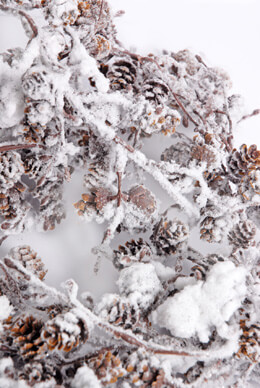 Snow Covered Pine Cone Garland 6FT