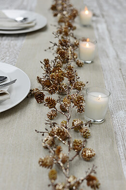 Pine Cone Garland Gold 6ft