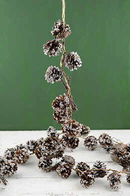 Pine Cone Garland Iced 6ft