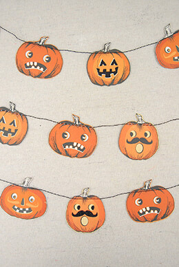 Pumpkin Garland (28 tags)