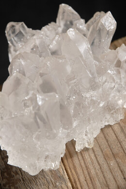 Quartz Crystal Faux 6in