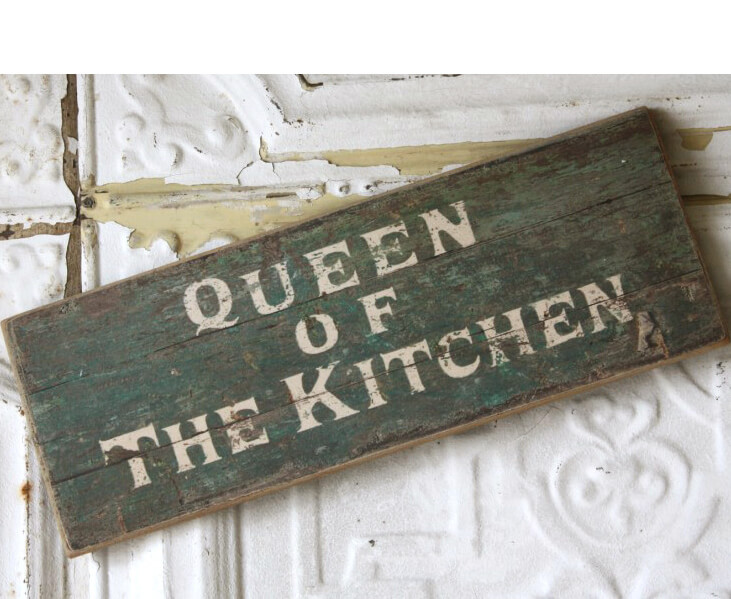 Queen Of The Kitchen Wood Sign