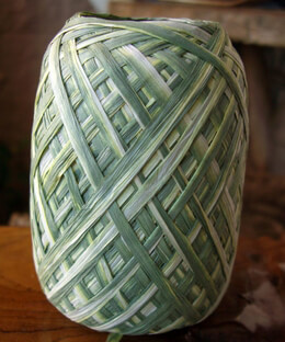 Raffia Ribbon Green & White 100 yards