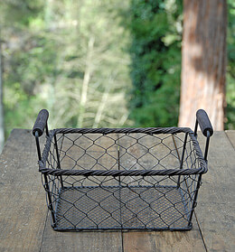 Rustic Rectangle Wire Basket Small