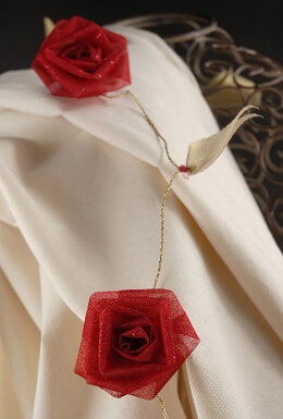 Red Rolled Ribbon Rose Garland 9ft