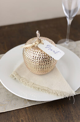 Champagne Golden Studded Apple 4in