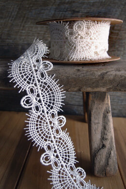 White Needle Lace Ribbon Lace 1.5in x 5yds