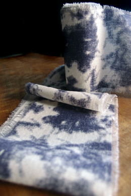 "Acid Washed Linen Ribbon with Denim Blue 4"" x 5yds"