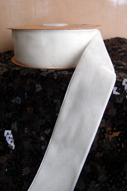 White Velvet Ribbon SF 1.5in x 10yd