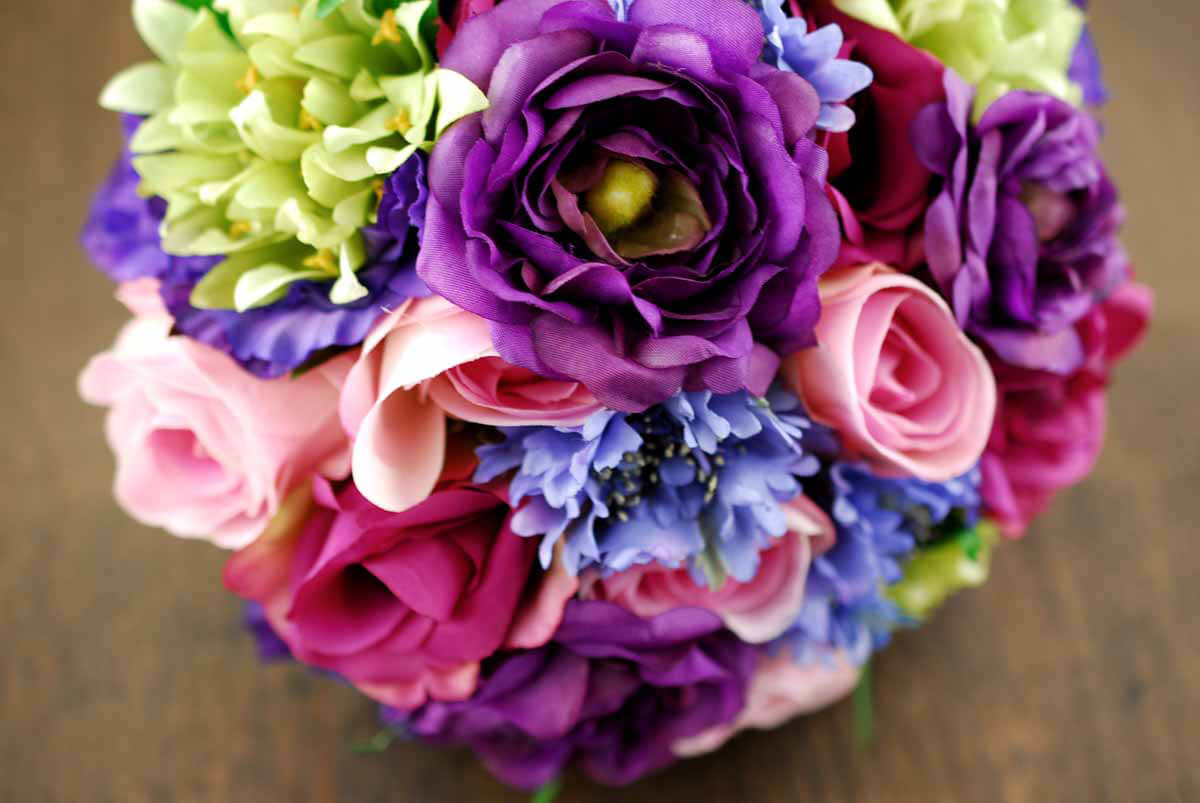Wedding Bouquets With Lisianthus : Rose and lisianthus bouquet in