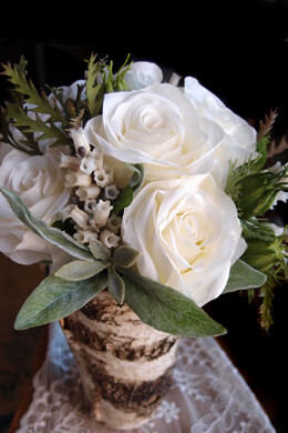 Wedding Bouquets Cream & White Rose & Pieris Japonica