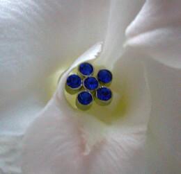 "Sapphire Blue Flower Crystal 3"" Flower Pins (5 pins /pkg)"