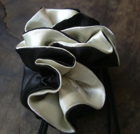 12 Tiny Reversible Satin Drawstring Bags Black & White