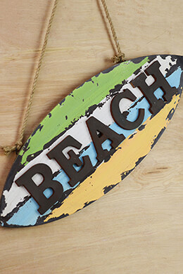 Wood BEACH Sign  w/Rope 25in
