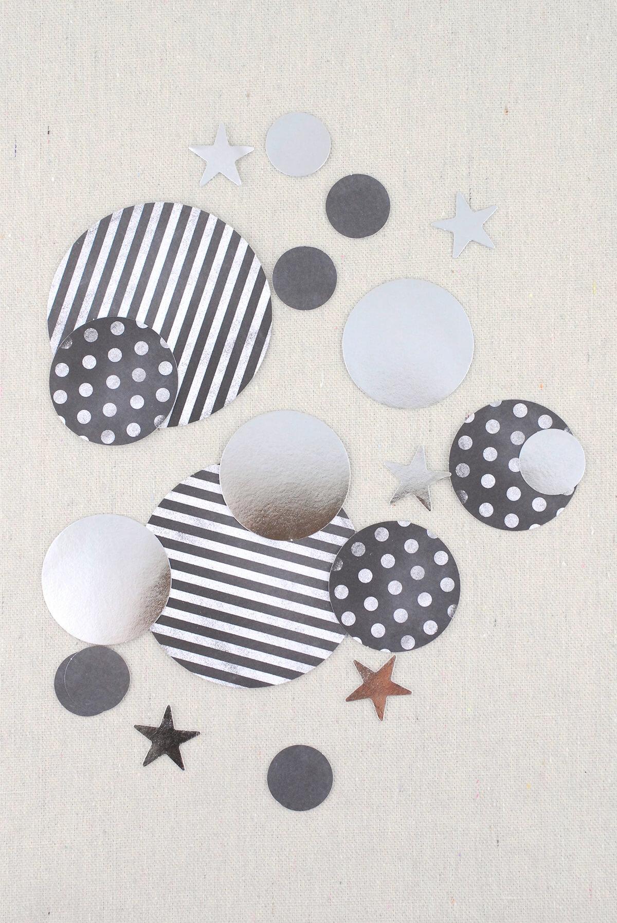 Silver Confetti (100 pieces)