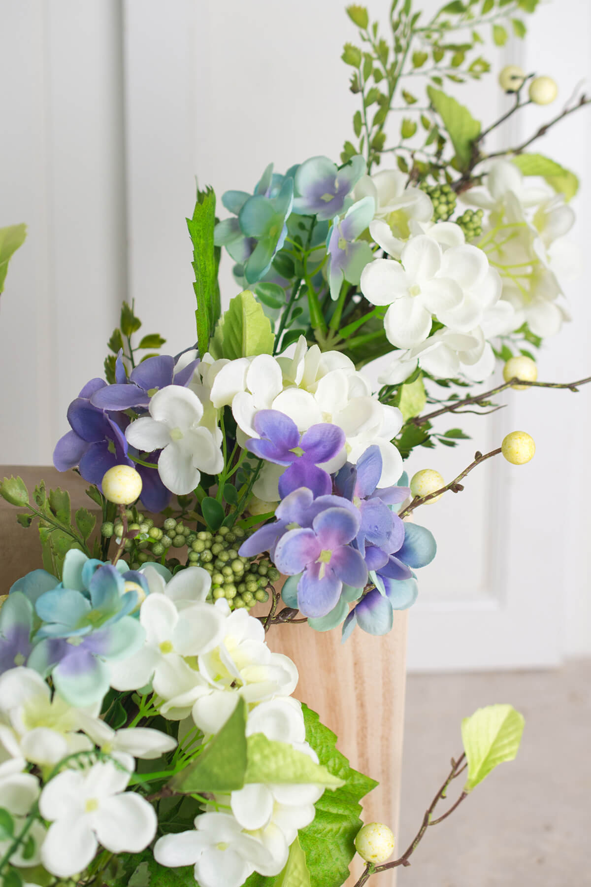 Spring Hydrangea & Berry Floral Swag 37in