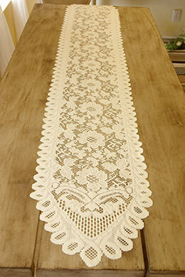 Table Runner Lace Ivory 13 x 76in
