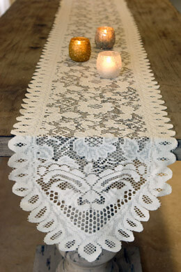 Table Runner Lace Ivory 13 x 96in