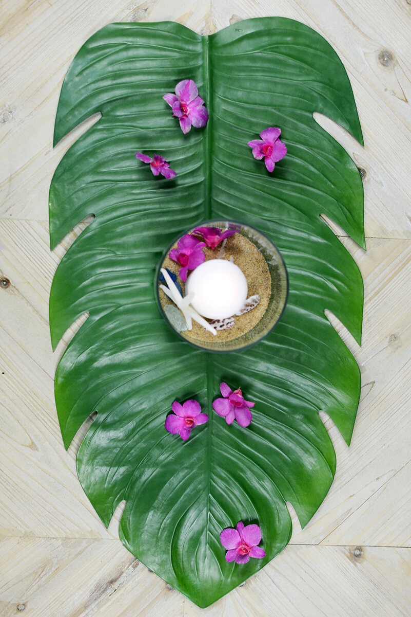 Monstera leaf tropical table runner 30 for Artificial banana leaves decoration