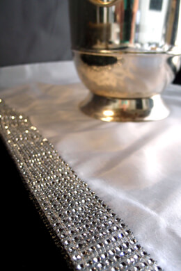 Diamond Mesh Trimmed White Satin Table Runner   14x72in