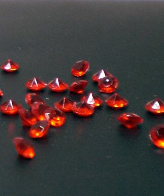 Table Scatter Tiny Diamonds 5.5mm Bright Red 2000 pieces/pkg