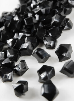 Table Scatter Gems Black|.75lbs