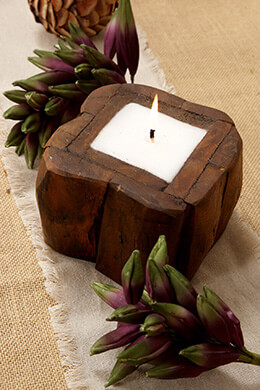 Small Teak Wood Candle 4in