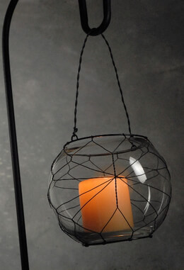 Black Web Wire Hanging Candle Holder