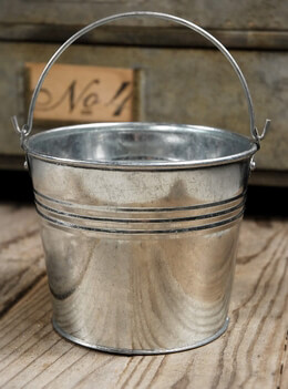 Galvanized Bucket in Silver 4in