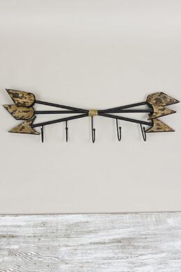 Triple Arrow Coat Hanger 28in