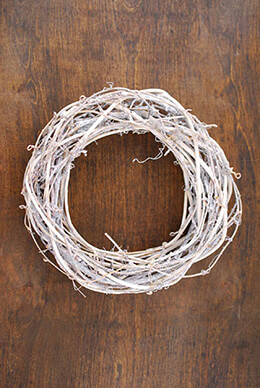 Twig Wreath Whitewashed 9in