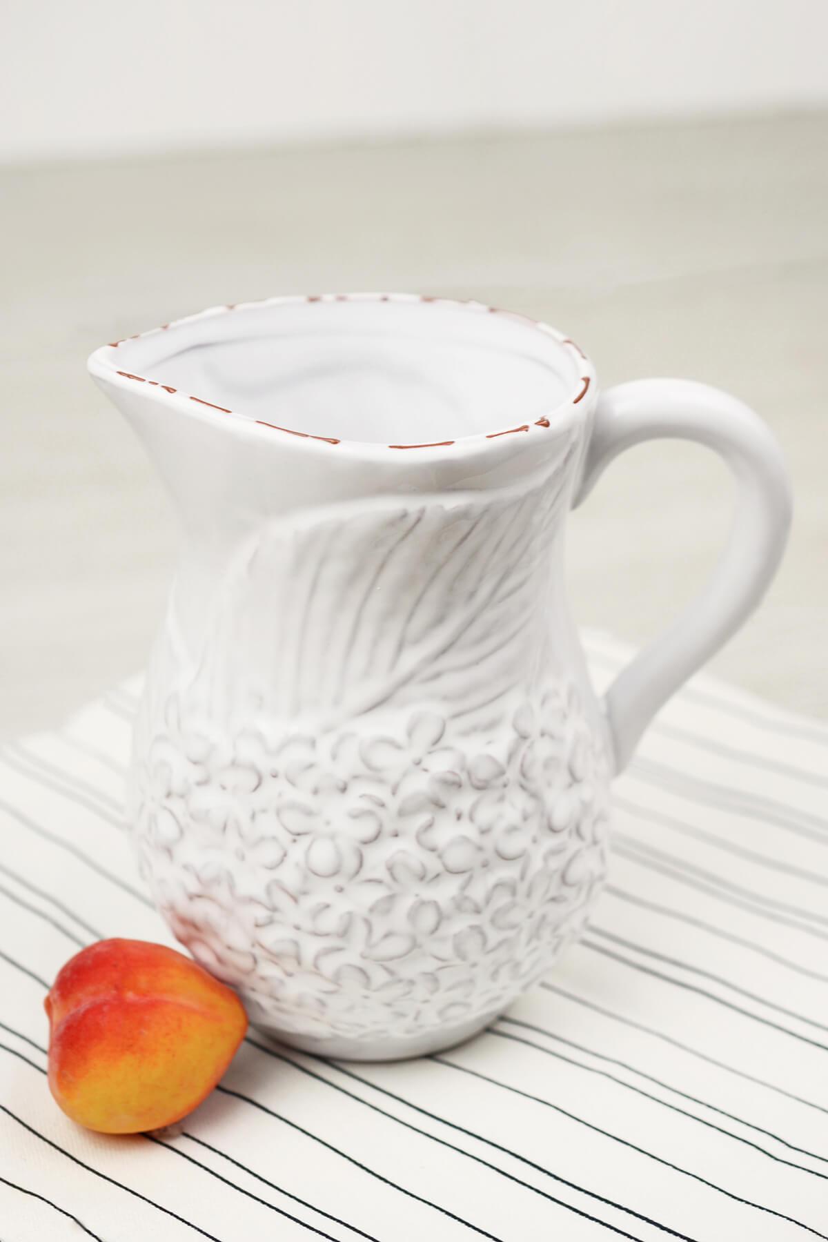 Mud Pie  Hydrangea Creamer Vase