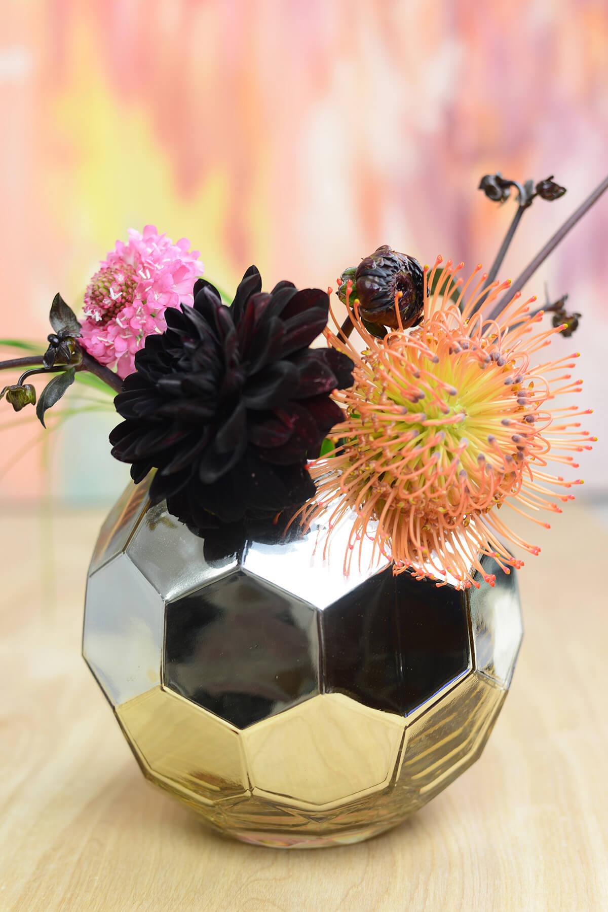 "Gold Honeycomb Glam Vase 7"""