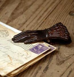 "Victorian Hand Paper Clip 5"" Iron"