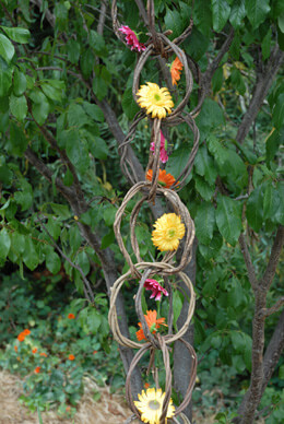 Grapevine Ring 4 Foot Garland