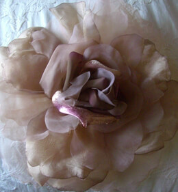 Vintage Chiffon, Organdy & Silk Caramel & Purple Rose 15in