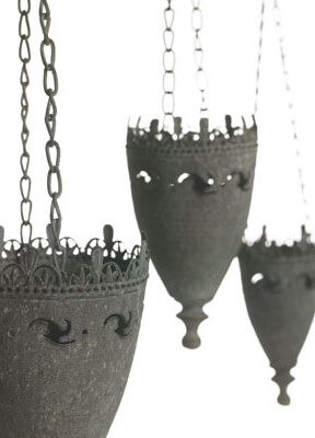 Viserys Hanging Metal Candle Holder 6in