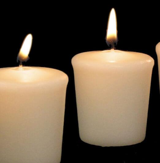 15hr Unscented Votives (9 candles) Ivory Unscented