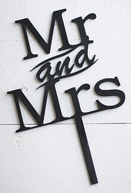 Wedding Cake Topper Mr and Mrs