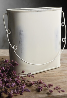 White Washed Metal Oval 6 in Hanging Basket