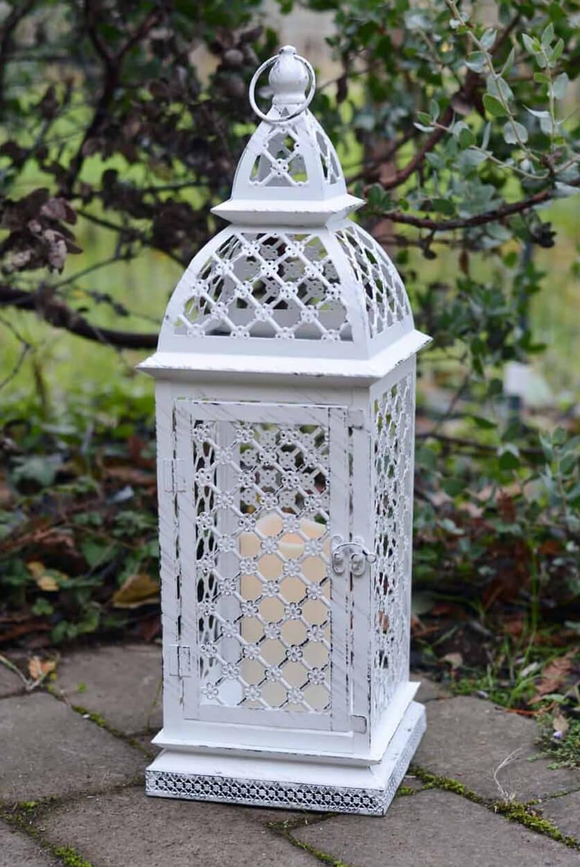 Lattice 21in Metal Lantern White With Remote